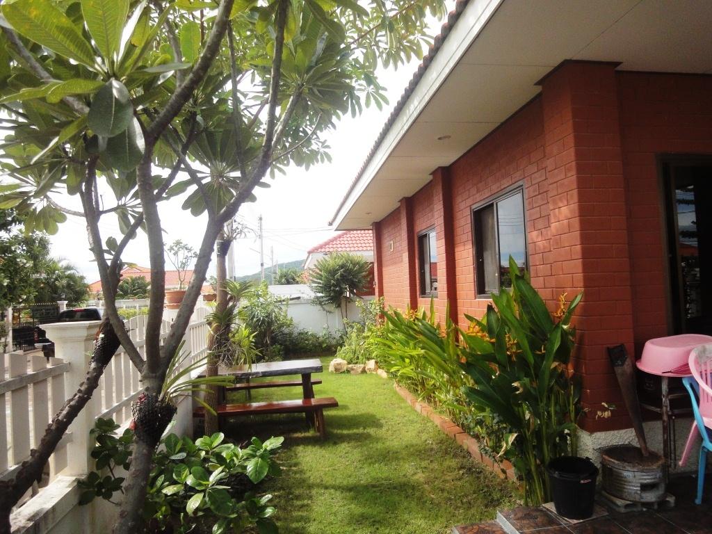 House for rent hua hin hua hin real estate thailand for Outdoor furniture hua hin